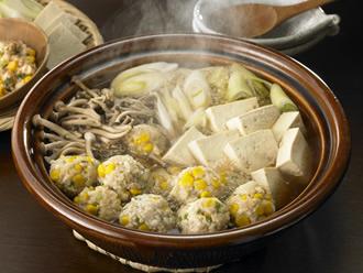 コーンのふわふわ肉団子鍋
